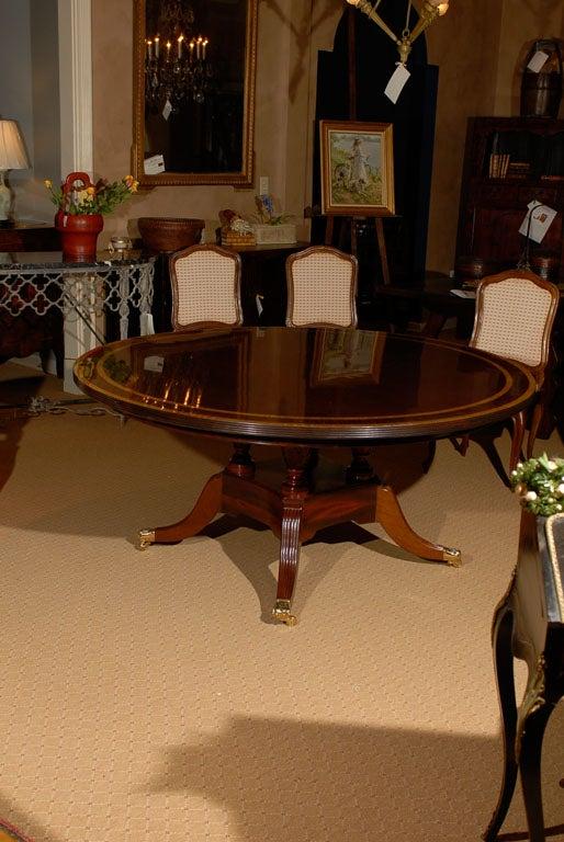 English Mahogany Round Dining Table on Birdcage Pedestal Base at