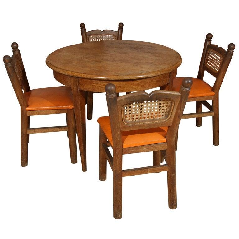 Goldilocks Table And Chairs At 1stdibs