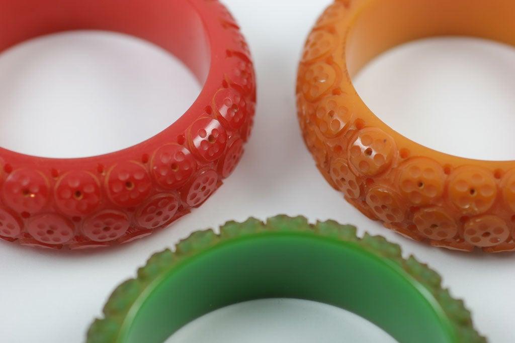 Set of Three Bakelite Bangle Bracelets 7
