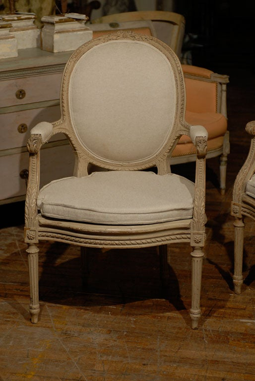 Exquisite Pair of French Oval Back Painted Wood Upholstered Bergeres Chairs 3