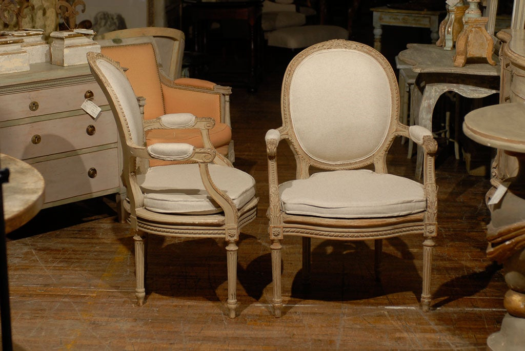 Exquisite Pair of French Oval Back Painted Wood Upholstered Bergeres Chairs 6