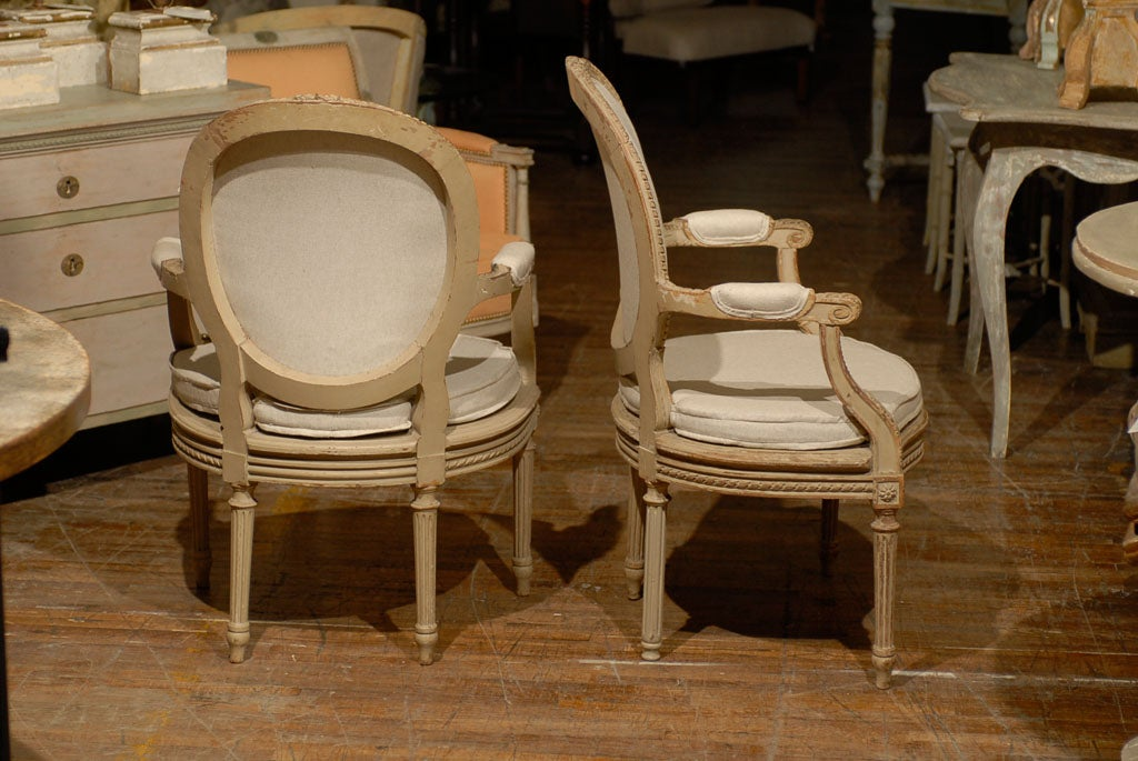 Exquisite Pair of French Oval Back Painted Wood Upholstered Bergeres Chairs 7