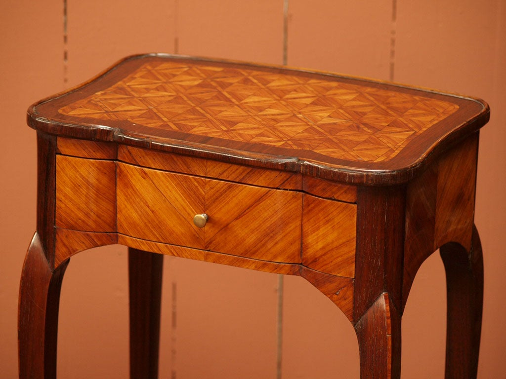 Fine Early 19th Century Marquetry Table 3