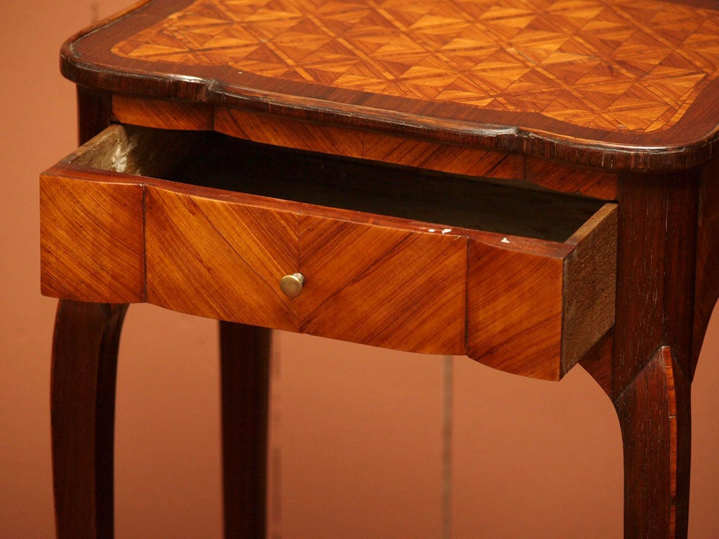 Fine Early 19th Century Marquetry Table 4