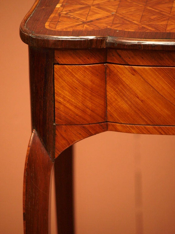 Fine Early 19th Century Marquetry Table 5