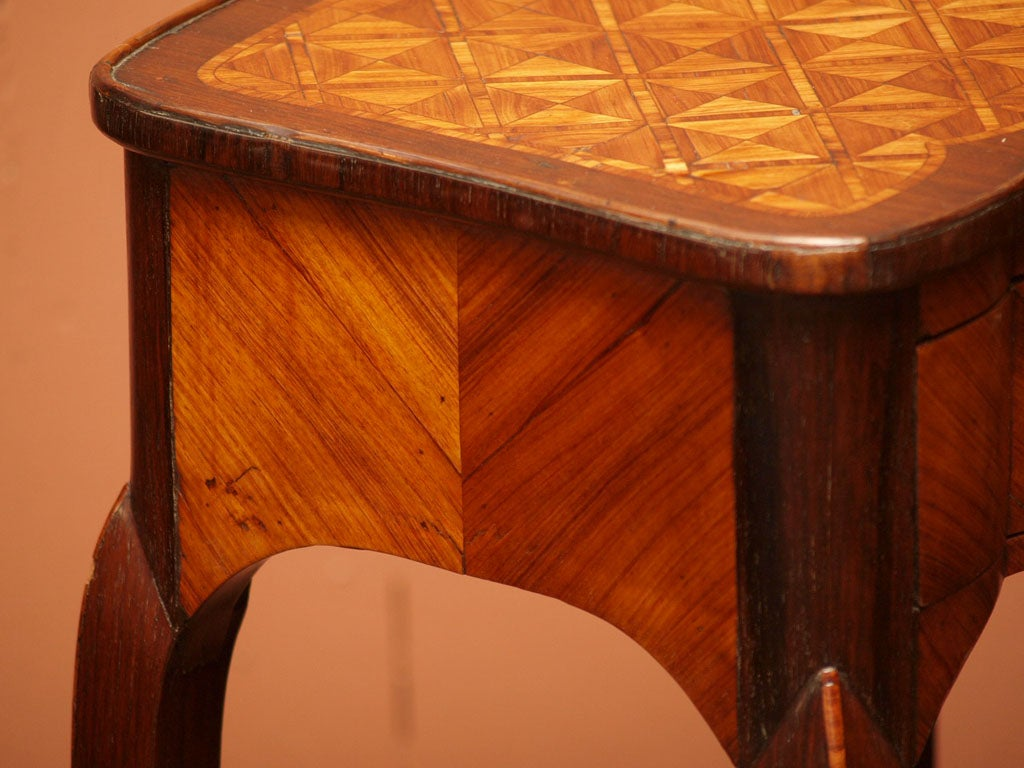 Fine Early 19th Century Marquetry Table 6