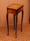 Fine Early 19th Century Marquetry Table image 7