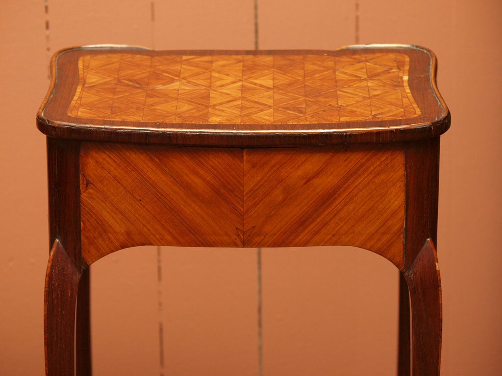 Fine Early 19th Century Marquetry Table 9