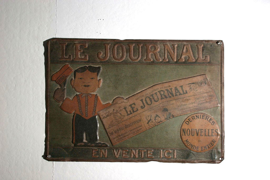Charming advertisment for a French newspaper, with raised letters and figure of a very short salesman displaying a very large copy of Le Journal, featuring all zee latest news.