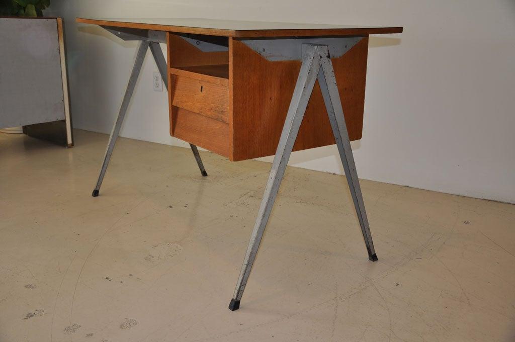 Dutch Desk 3