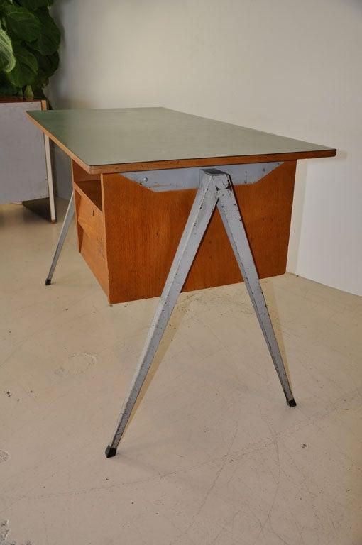 Dutch Desk 4