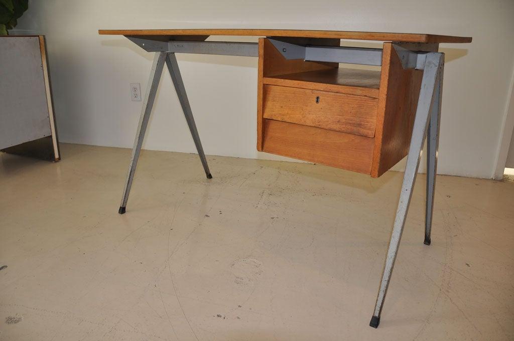 Dutch Desk 5