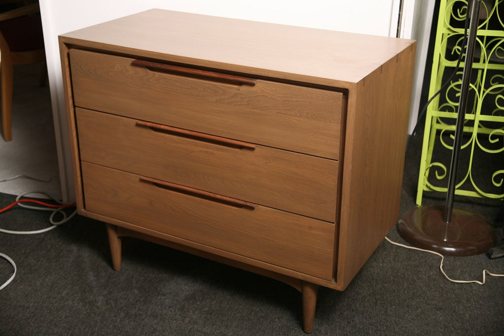 Attirant Beautifully Detailed Refinished Charming Small Dresser, With 2 Tone Wood  Details On Handles And Top