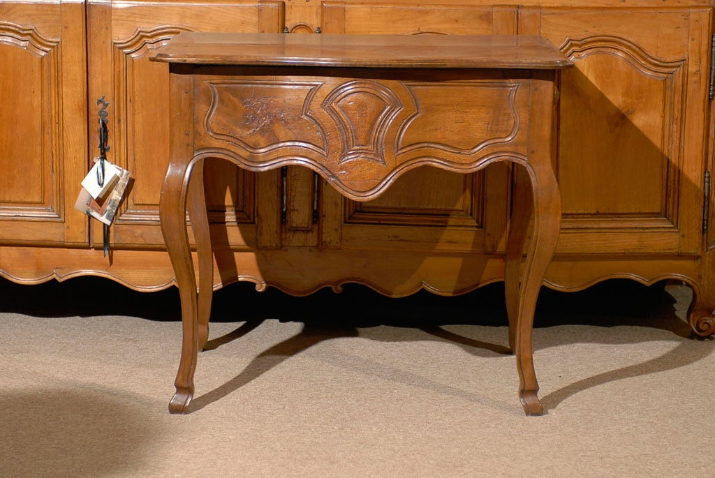 Louis XV Walnut Console Table with Hoof Feet ca. 1760 For Sale 5