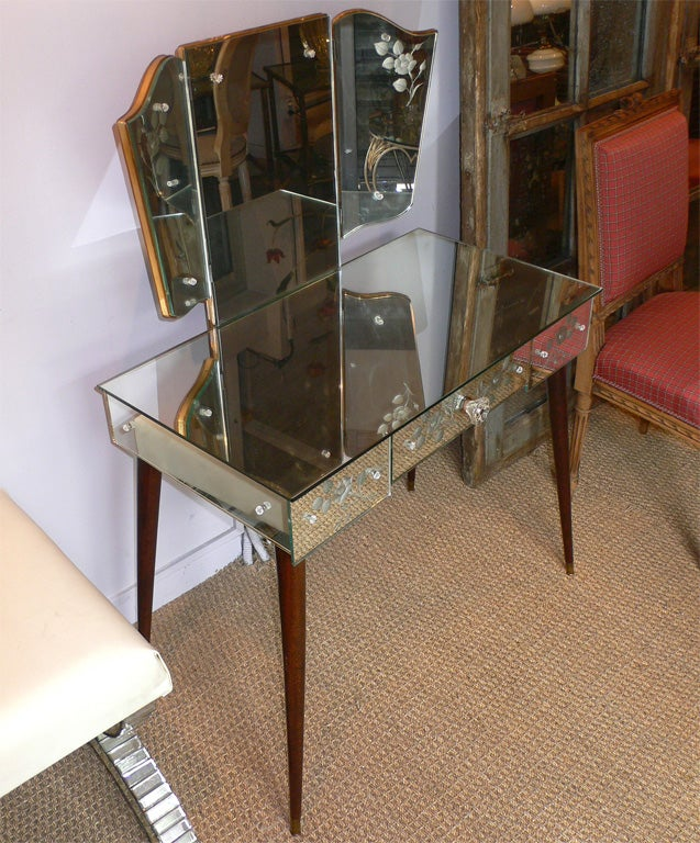 Table Dressing Wood 1950 Scarved ~ S mirror clad vanity table at stdibs