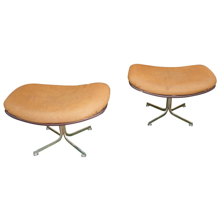 Two 1960s Stools By Pierre Paulin At 1stdibs