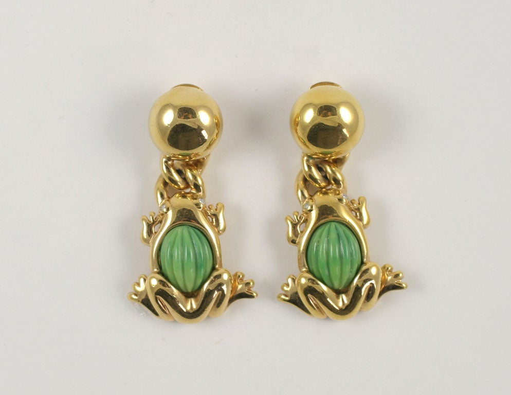 Goldtone Valentino green frog dangle earrings. Frogs have tiny rhinestone eyes.