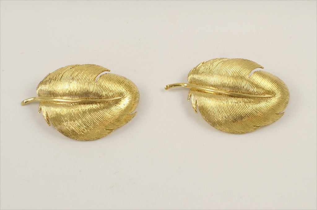 Matched TIFFANY & CO. Feather Brooches 3