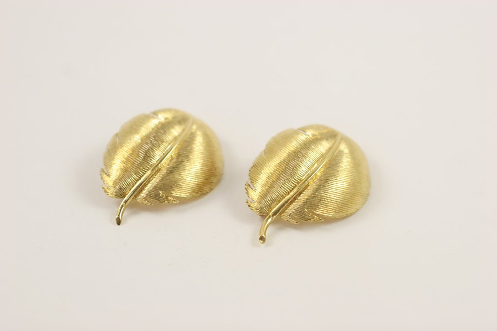 Matched TIFFANY & CO. Feather Brooches 6
