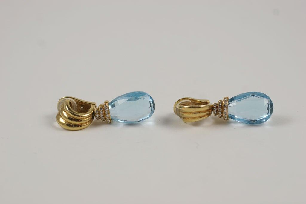 Diamond Cut Teardrop Dangling Earrings Kt White Gold