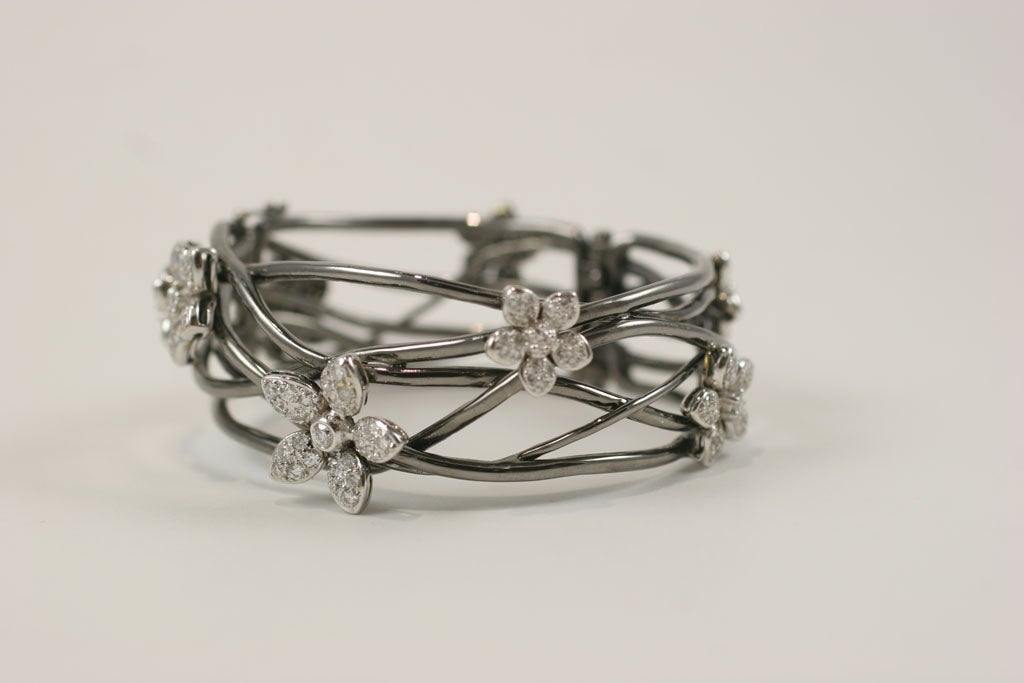 18 K Black Gold  Bangle with Diamond Flower Motif 3