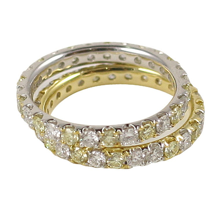Alternating Fancy Yellow And White Shared Prong Stackable