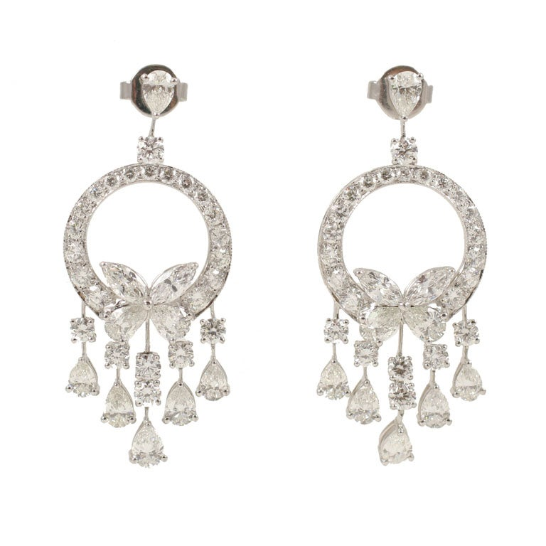 18 k Exquisie Diamond Earrings