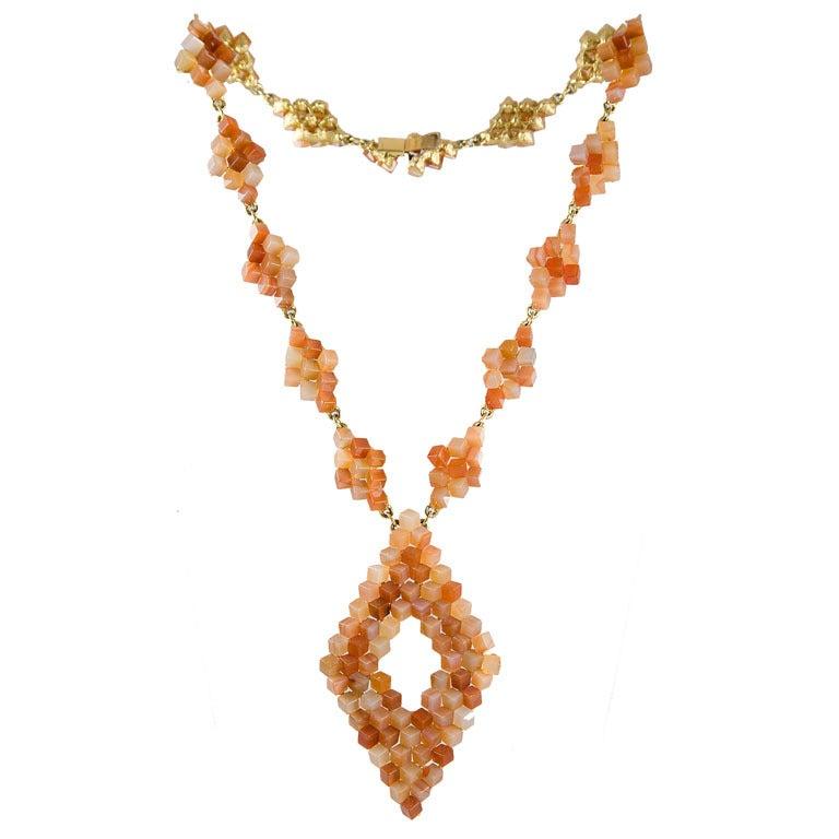Diamond Pattern Agate Necklace 1