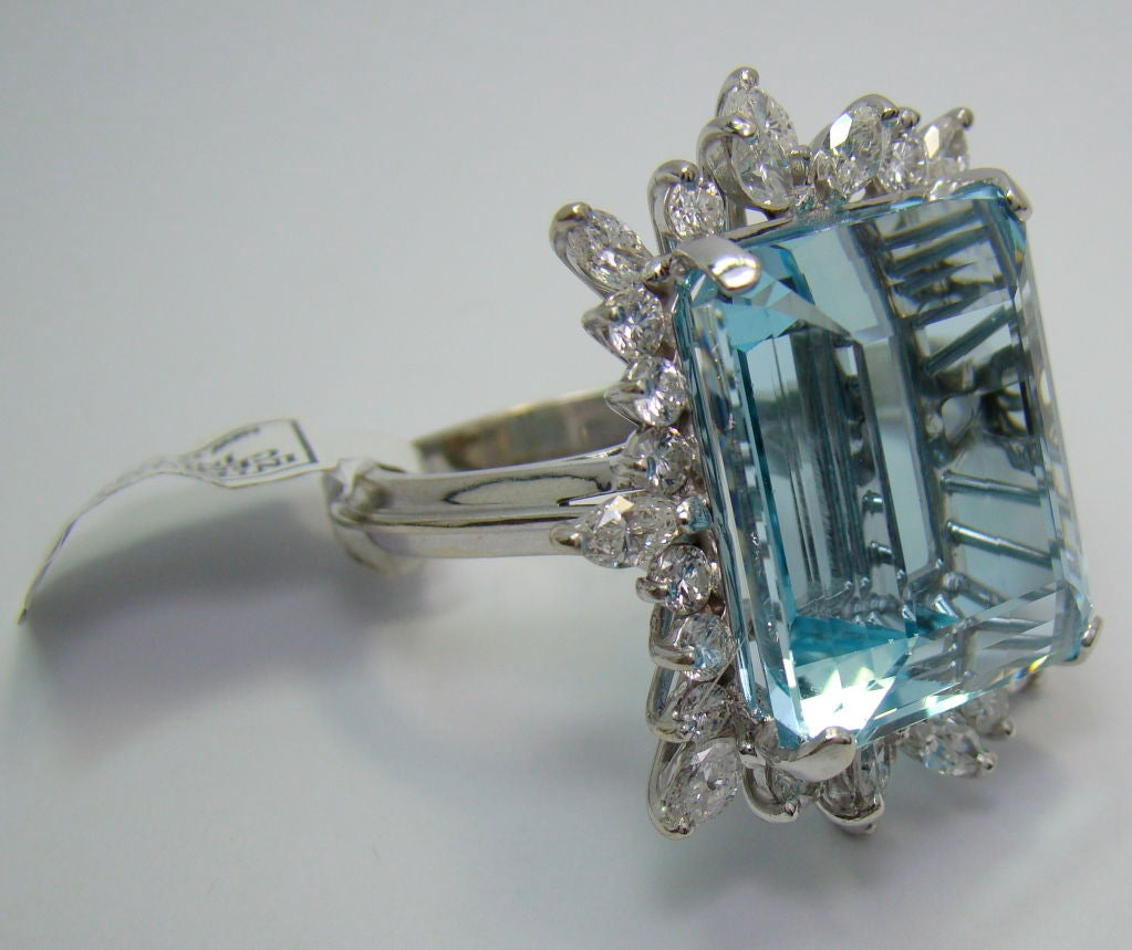 1950s Aquamarine Diamond Gold Ring  4
