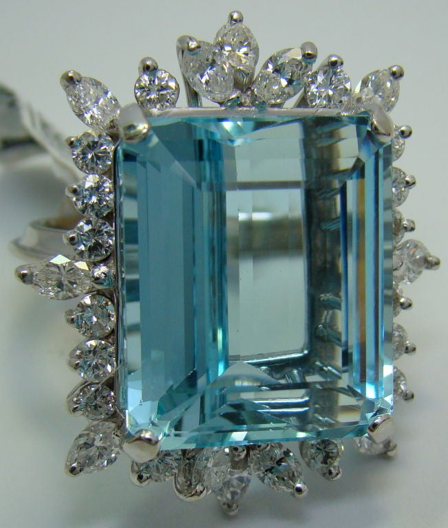 1950s Aquamarine Diamond Gold Ring  5