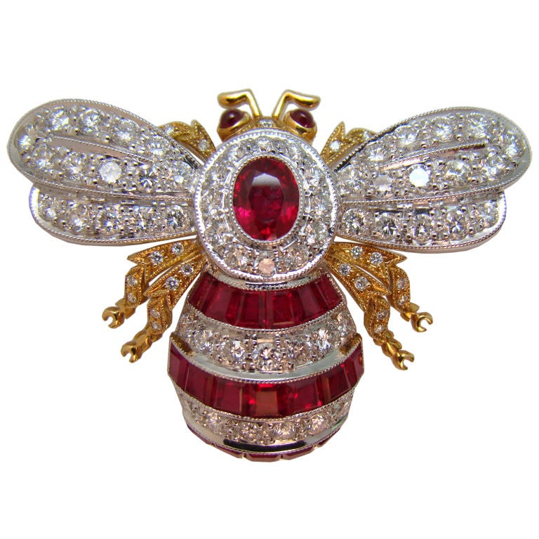 18k Yellow Gold White Gold Ruby And Diamond Bumble Bee