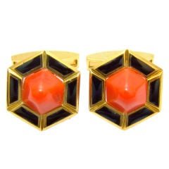 18 Karat, Coral & Onyx Art Deco Style Cufflinks