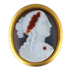 Victorian Hardstone Cameo Gold Brooch