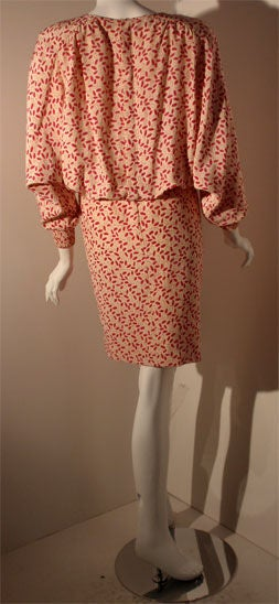 Valentino White and Pink Belted Silk Blouse Dress, Circa 1980 In Excellent Condition For Sale In Los Angeles, CA