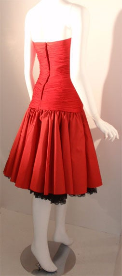 JILL RICHARDS Red Strapless Jersey & Taffeta Dress with Black Crinoline 1980's For Sale 1