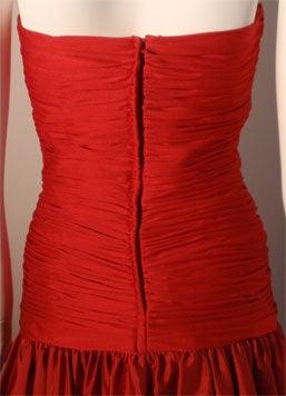 JILL RICHARDS Red Strapless Jersey & Taffeta Dress with Black Crinoline 1980's For Sale 5