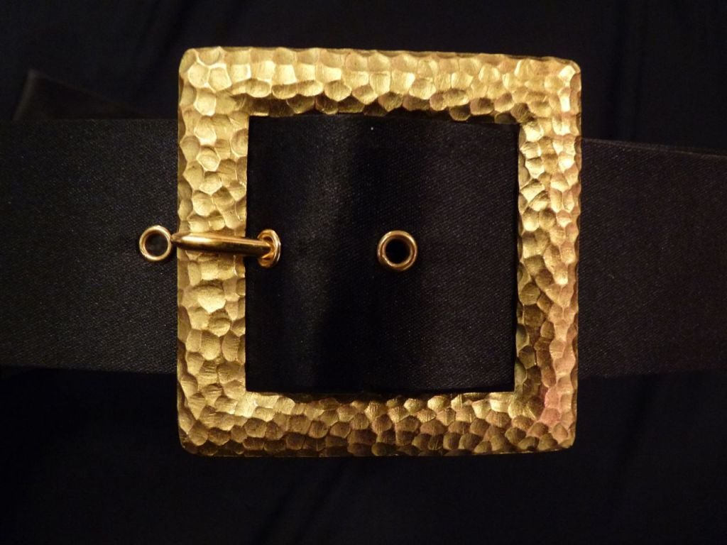 Chanel Bow Belt with Gold Buckle. 3