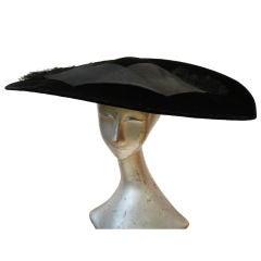 Spectacular Aerodynamic 1950s Velvet Hat
