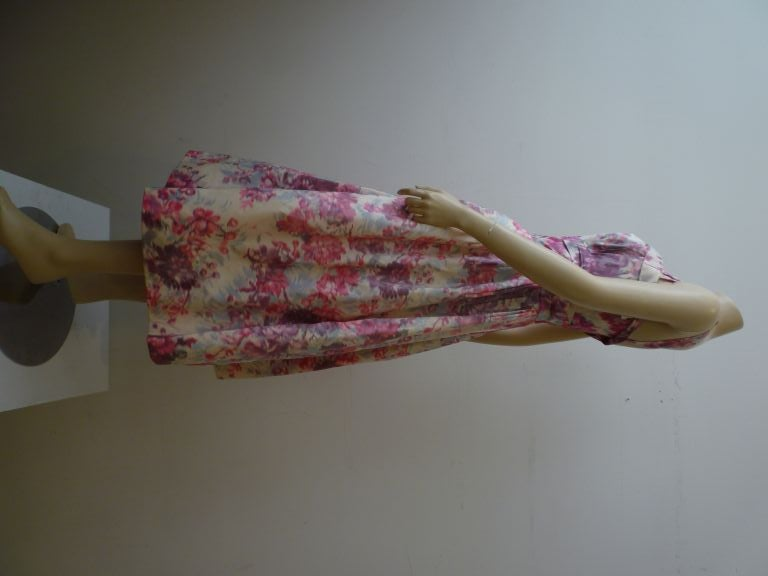 Women's Wonderful Helen Sjolander 1950s Silk Floral Party Dress For Sale