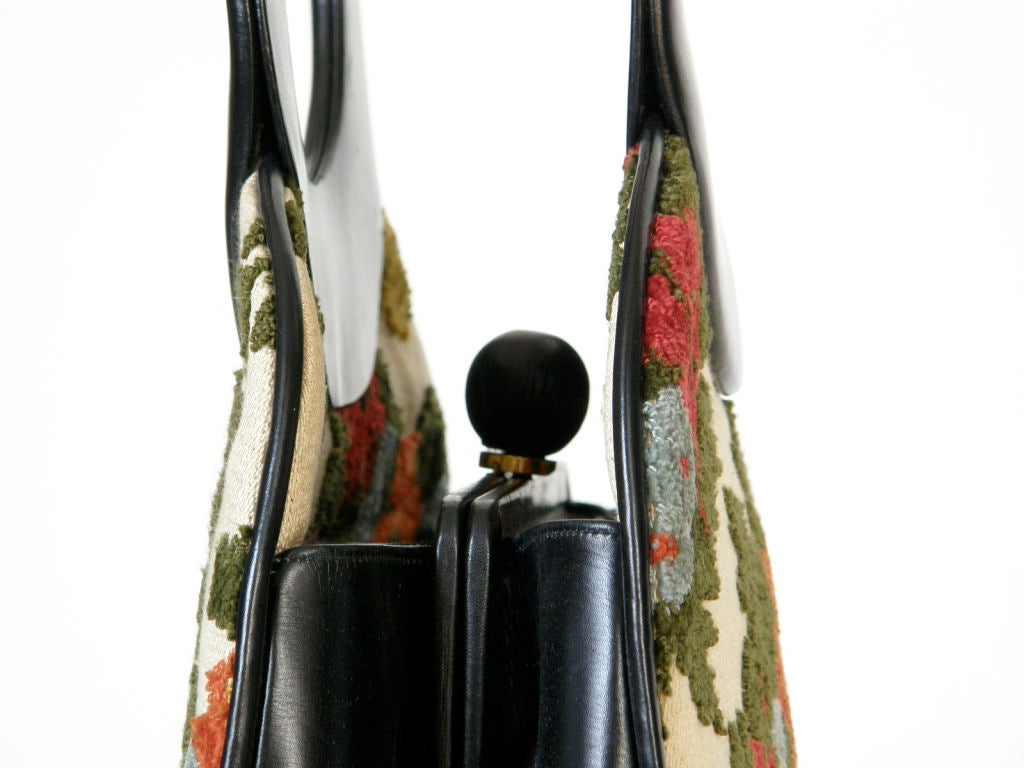 Holzman Tapestry Handbag with Round Black Leather Handles In Good Condition For Sale In Chicago, IL