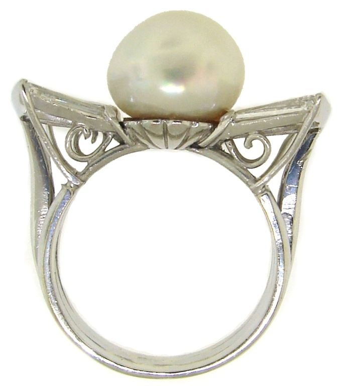 Vintage South Sea Pearl, Diamond Baguettes & White Gold Bow Ring 4