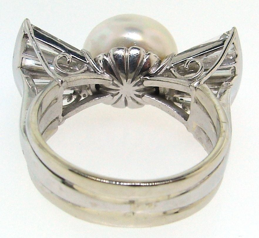 Vintage South Sea Pearl, Diamond Baguettes & White Gold Bow Ring 5