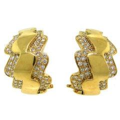 Elegant Vintage Van Cleef &Arpels Diamond & Yellow Gold Earrings