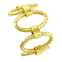 A Tiffany gold handmade bracelet with textured oval links