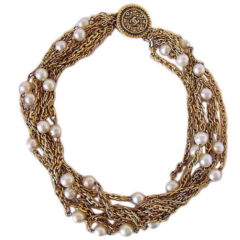CHANEL Choker necklace 1