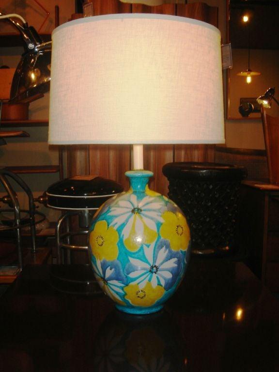 Italian Majolica Floral Table Lamp by Raymor 2