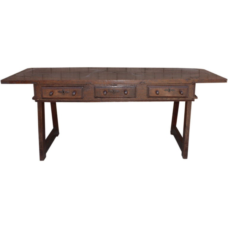 A bold spanish baroque walnut table at 1stdibs for Table th not bold