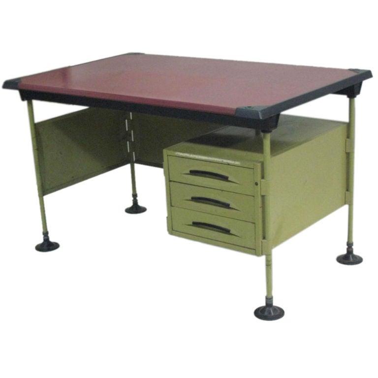 Italian Modernist Spazio Desk by Studio BBPR for Olivetti For Sale