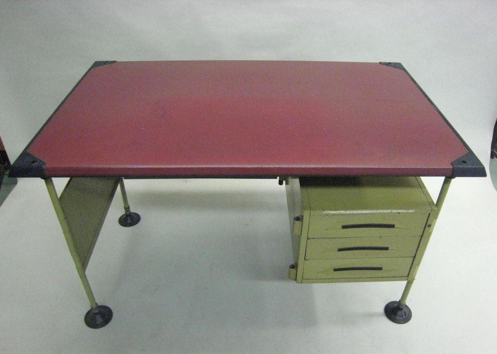 Mid-Century Modern Italian Modernist Spazio Desk by Studio BBPR for Olivetti For Sale