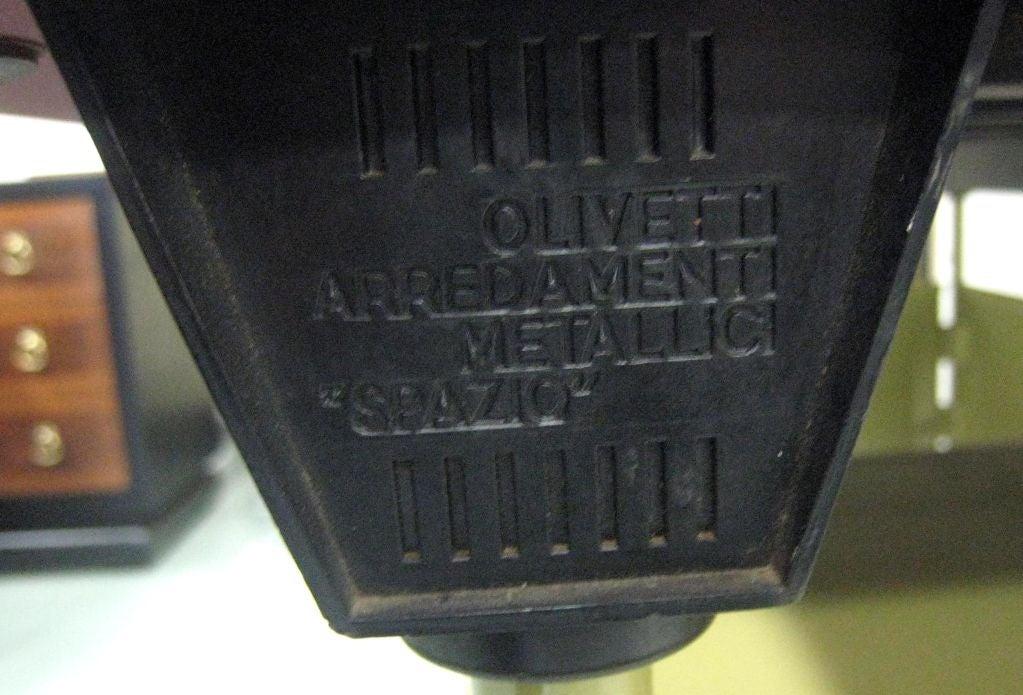 Italian Modernist Spazio Desk by Studio BBPR for Olivetti For Sale 3